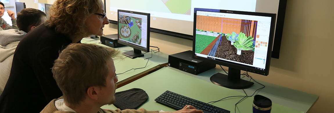 Students designing a landscape on the computer